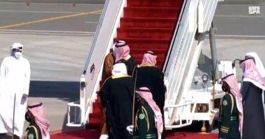 السعودية نيوز |                                              ولى العهد السعودى يعانق أمير قطر فور وصوله المملكة لأول مرة منذ 3 سنوات