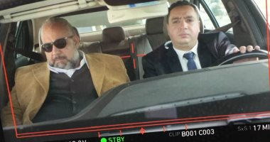 """بيومى فؤاد يعود إلى مدينة الإنتاج لاستكمال تصوير """"عودة الأب الضال"""""""