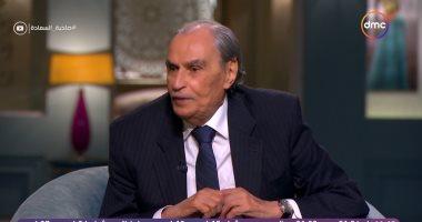 عزت العلايلي : محمد سعد كان خايف ينزل الميه وإحنا بنصور الطريق إلى إيلات