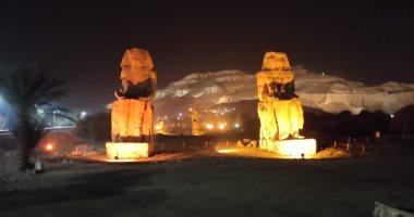 """""""تمثالا ممنون"""" أضخم تماثيل الفراعنة بالأقصر يدخلان مشروع الإضاءة الليلية"""