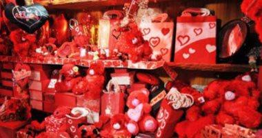 شعبة الهدايا: 2 مليون دولار واردات هدايا عيد الحب وأسعارها بين 400 و800 جنيه