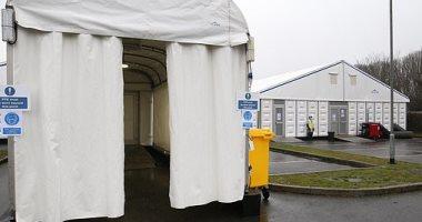 بريطانيا تبنى مستودعا جديدا لحفظ جثث ضحايا كورونا.. صور