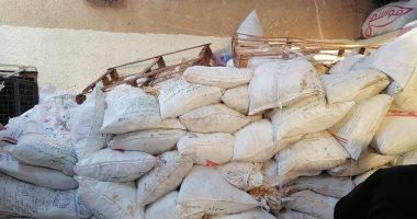 ضبط 10 أطنان مخلفات بسكويت قبل البيع داخل مصنع ببرج العرب بالإسكندرية