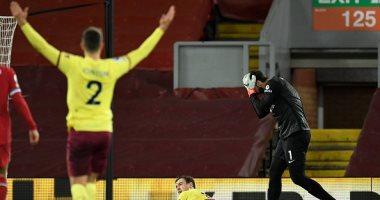 صورة أهداف الخميس.. ليفربول يسقط أمام بيرنلي وبرشلونة ينجو من مفاجآت كورنيا