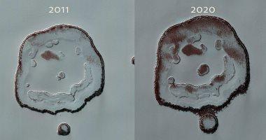 فوهة بكوكب المريخ على شكل وجه مبتسم تنمو بشكل ملحوظ.. اعرف السر
