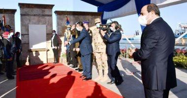 رئيس الهيئة الهندسية للقوات المسلحة يستعرض مشروعات تطوير محور قناة السويس