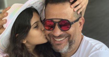 """أول تعليق لـ ماجد المصرى بعد شفاء ابنته من كورونا: """"عقبال كل مريض ومريضة"""""""