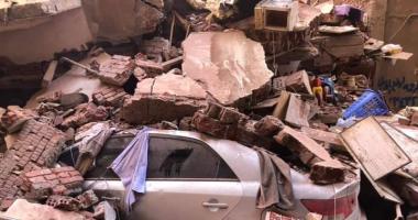 انهيار منزل 4 طوابق والبحث عن 10 تحت الأنقاض بالمحلة.. بث مباشر