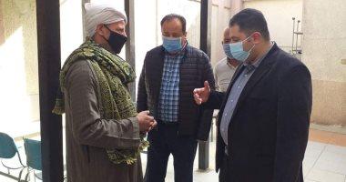 نائب محافظ القاهرة يتفقد مستشفى الوطنى للاطمئنان على توافر الأكسجين.. صور