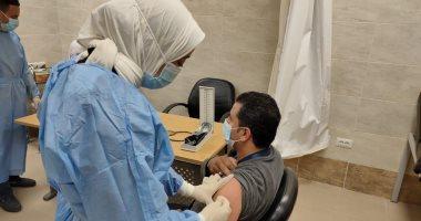 تطعيم الأطقم الطبية