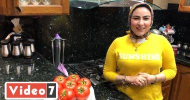 طريقة عمل صلصة الطماطم وتخزينها لمدة طويلة من مطبخ رانيا النجار.. فيديو