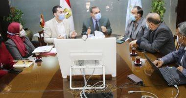 محافظ كفر الشيخ يبحث سبل تطوير المناطق الغير مخططة غرب العاصمة