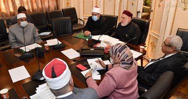 وزير الأوقاف يستعرض زيادات مرتبات الأئمة: أحوالهم تحسنت فى عهد الرئيس السيسي