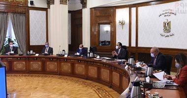 رئيس الوزراء يستعرض اشتراطات البناء الجديدة مع لجنتى إسكان وتنمية البرلمان