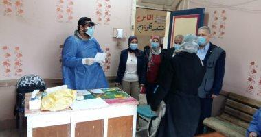 """جامعة طنطا: فحص 834 حالة من أهالى """"محلة خلف"""" وصرف العلاج مجانا"""