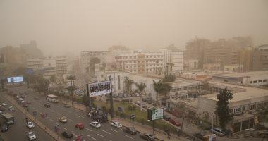 الأرصاد تحذر: عاصفة ترابية ورياح مثيرة للأتربة بالقاهرة..صور
