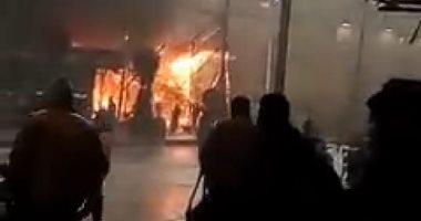 صورة السيطرة على حريق داخل محل أحذية بمنطقة عزبة النخل دون إصابات