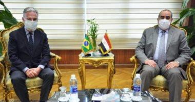 وزير الطيران المدنى يستقبل سفير البرازيل بالقاهرة