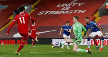 ليفربول يواصل السقوط ويخسر من إيفرتون بثنائية فى الدوري الإنجليزي