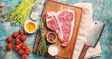 طريقة عمل ستيك اللحم بصوص المشروم فى خطوات سهلة