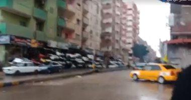 ثلوج وأمطار غزيرة على الإسماعيلية والدفع بسيارات لشفط المياه من الشوارع.. فيديو