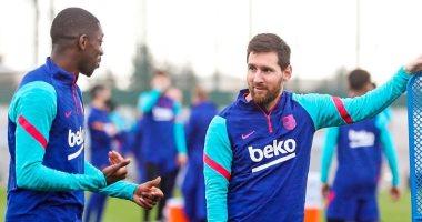 ضحك ولعب وجد في تدريبات برشلونة قبل مواجهة إلتشي