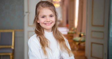 البنت كبرت سنة.. السويد تحتفل بعيد الميلاد التاسع للأميرة إستيل.. صور