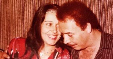 هنا شيحة تحتفل بعيد زواج والديها بصورة رومانسية: قصة الحب الأروع فى الوجود
