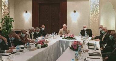 وزير الزراعة يبحث مع محافظ جنوب سيناء آفاق التنمية الزراعية وحل مشاكل المزارعين