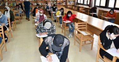 الجامعات تواصل امتحانات الفصل الدراسى الأول وسط إجراءات احترازية من كورونا