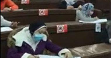 انطلاق ماراثون امتحانات الفصل الدراسى الأول بجامعة القاهرة.. فيديو وصور