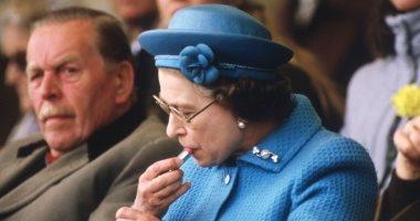 8 قواعد ملكية كسرتها الملكة إليزابيث.. بينها وضع المكياج فى الأماكن العامة