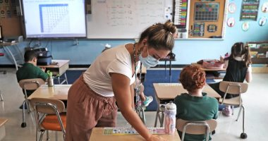 Tips for better communication to teach children while wearing a mask