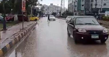سقوط أمطار غزيرة على مدن وقرى كفر الشيخ .. فيديو لايف