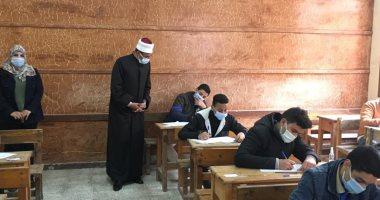 طلاب الثانى الإعدادى والأول الثانوى الأزهرى يؤدون غدا امتحانات الترم الأول