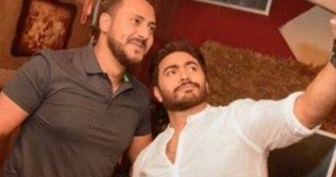 """هانى محروس يرد على تامر حسنى بعد دعمه: """"مش جديد عليك يا أبو الرجولة"""""""