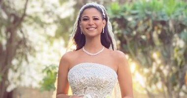 السعودية نيوز |                                              صور وفيديوهات جديدة من حفل زفاف دينا شقيقة أحمد داش