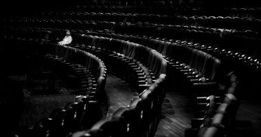 """100 صورة عالمية.. """"اشتقت لك"""" صورة من كمبوديا عن المسرح فى زمن كورونا"""