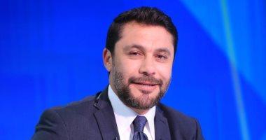 """أحمد حسن: خصمت من أفشة 250 جنيه بسبب """"قميص أحمر"""".. وأنا النموذج المفضل لديانج"""