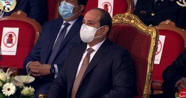 """الرئيس السيسى يشاهد فيلما تسجيليا """"سيرة الشهداء"""" خلال الندوة التثقيفية"""