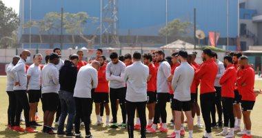 موسيماني يحاضر لاعبي الأهلي قبل 48 ساعة من موقعة صن داونز