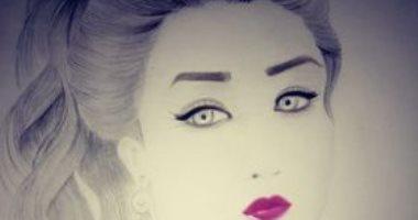 """""""بسنت"""" من المنوفية تشارك صحافة عددا من البورتريهات الفنية"""