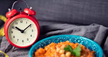 The benefits of the intermittent fasting diet are many.. from losing weight to improving immunity
