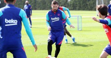 برشلونة يواصل تدريباته استعداداً لمواجهة بلد الوليد فى الدورى الإسبانى.. صور