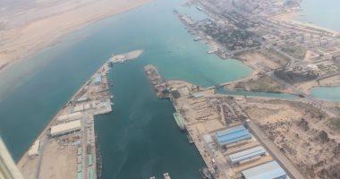 البيئة: خلو المسطح المائى لخليج السويس من أى مخلفات بعد تعويم السفينة الجانحة
