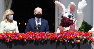 حتى الأرنب يرتدى كمامة.. احتفالات عيد الفصح فى زمن كورونا