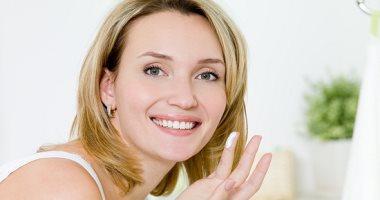 وصفات طبيعية للتخلص من بقع الوجه الداكنة .. للحصول على بشرة صافية