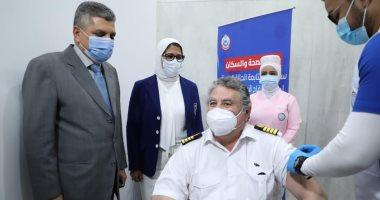 الصحة تعلن بدء تطعيم العاملين فى قطاع السياحة بالبحر الأحمر وجنوب سيناء
