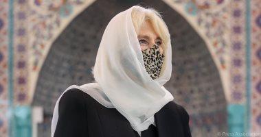 زوجة ولى العهد البريطانى ترتدى الحجاب خلال زيارة مسجد فى لندن