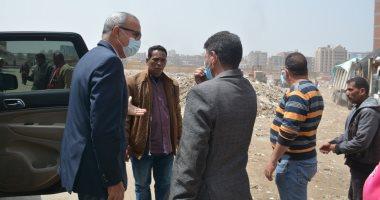 محافظ القليوبية يتابع مشروعات تطوير مدينة بنها وشكاوى المواطنين.. صور